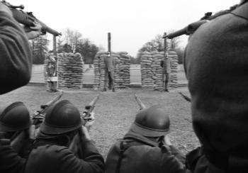 paths-of-glory-firing-squad